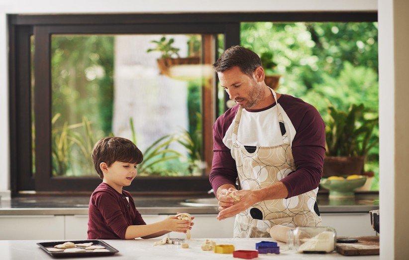 تربية طفل مبدع بالطبخ