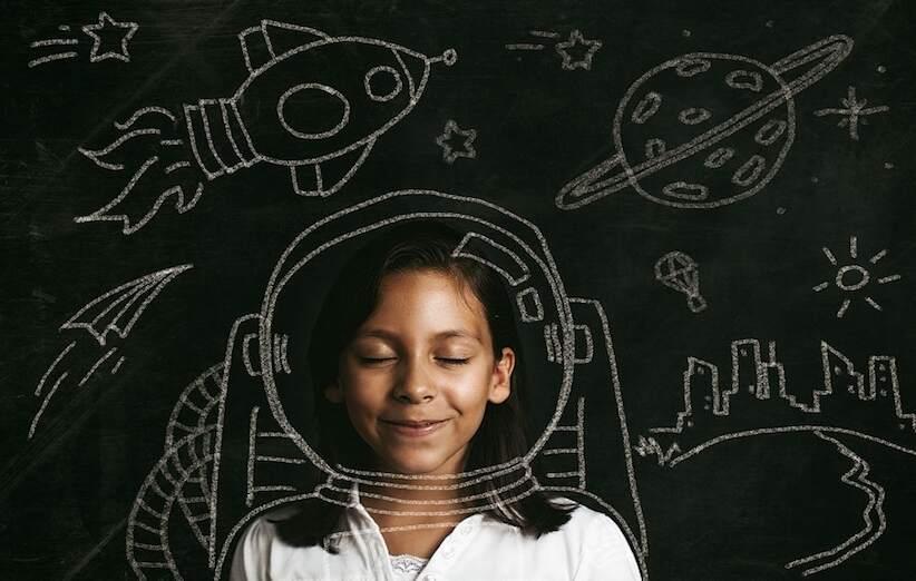 25 فكرة لتربية طفل مبدع