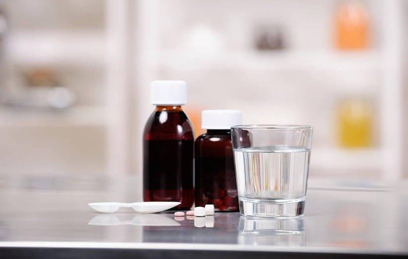 صبغة مستحضرات التجميل - الأدوية
