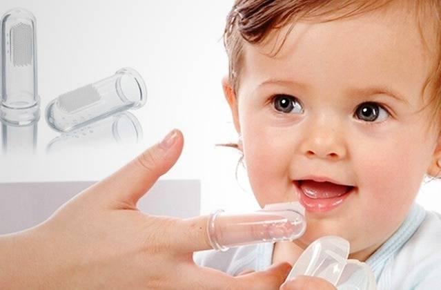 فرشاة أسنان الأطفال