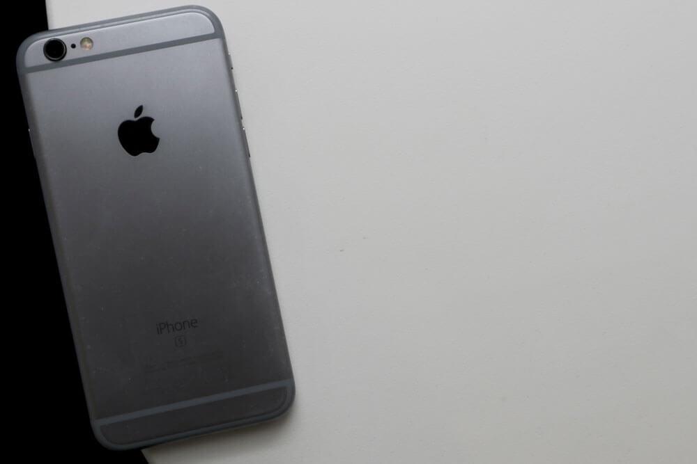 تصميم iPhone 6s