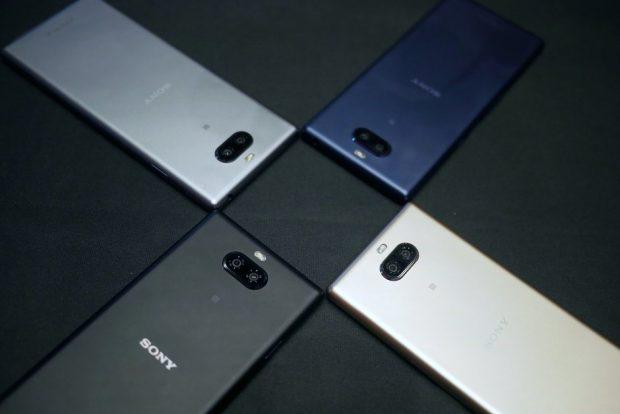 صور بدون استخدام اليدين ومراجعة أولية لهاتفي Sony Xperia 10 و Xperia 10 Plus