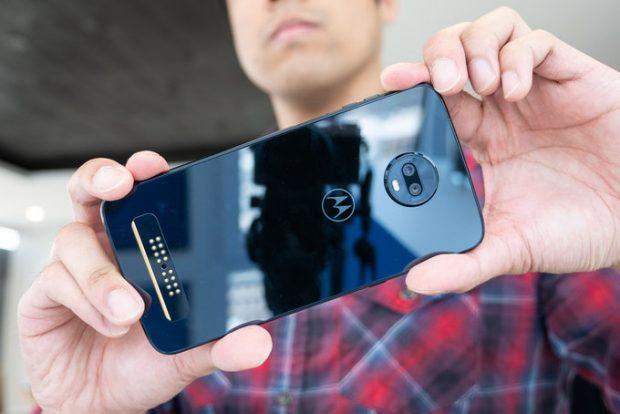 مراجعة أولية لهاتف Moto Z3 Poly