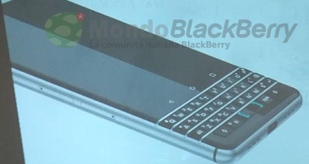 لن تتم إزالة لوحات المفاتيح المادية من هواتف BlackBerry الذكية