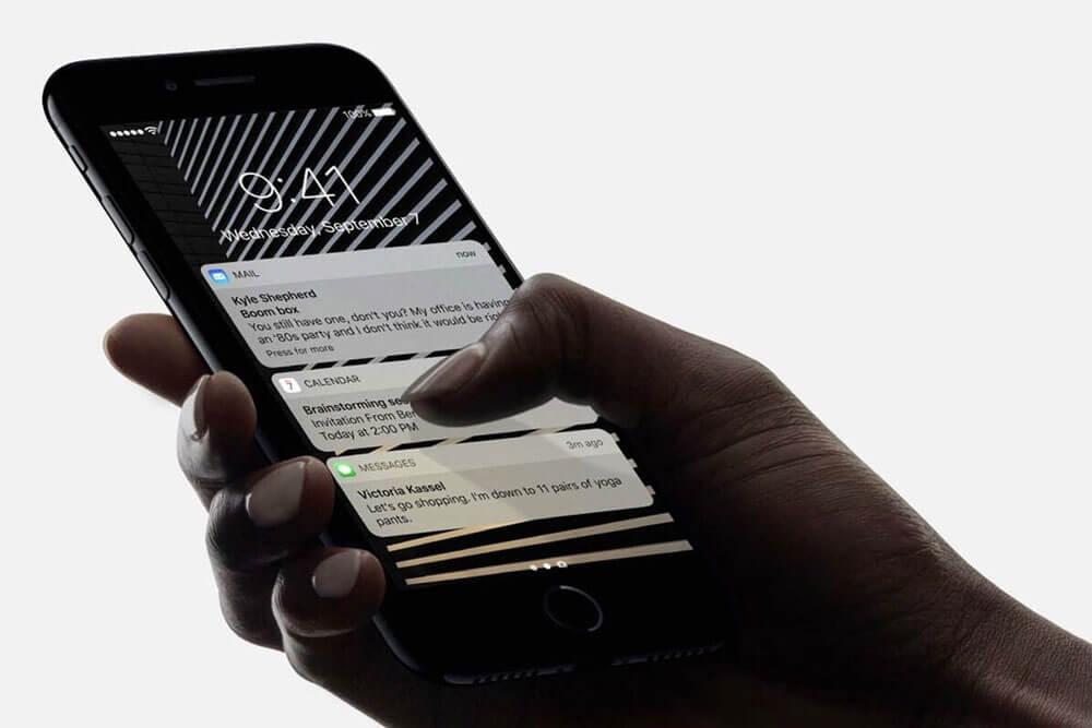 لمسة ثلاثية الأبعاد لهاتف iPhone 13