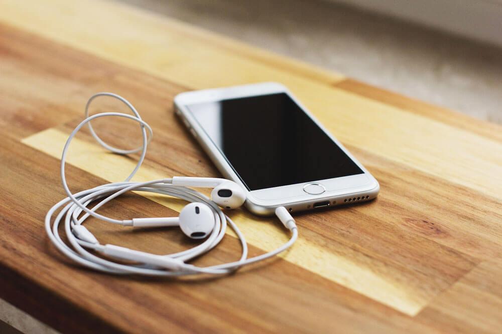 منفذ سماعة رأس IPhone