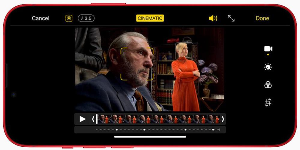 وضع الفيلم للأشخاص في Apple iPhone 13